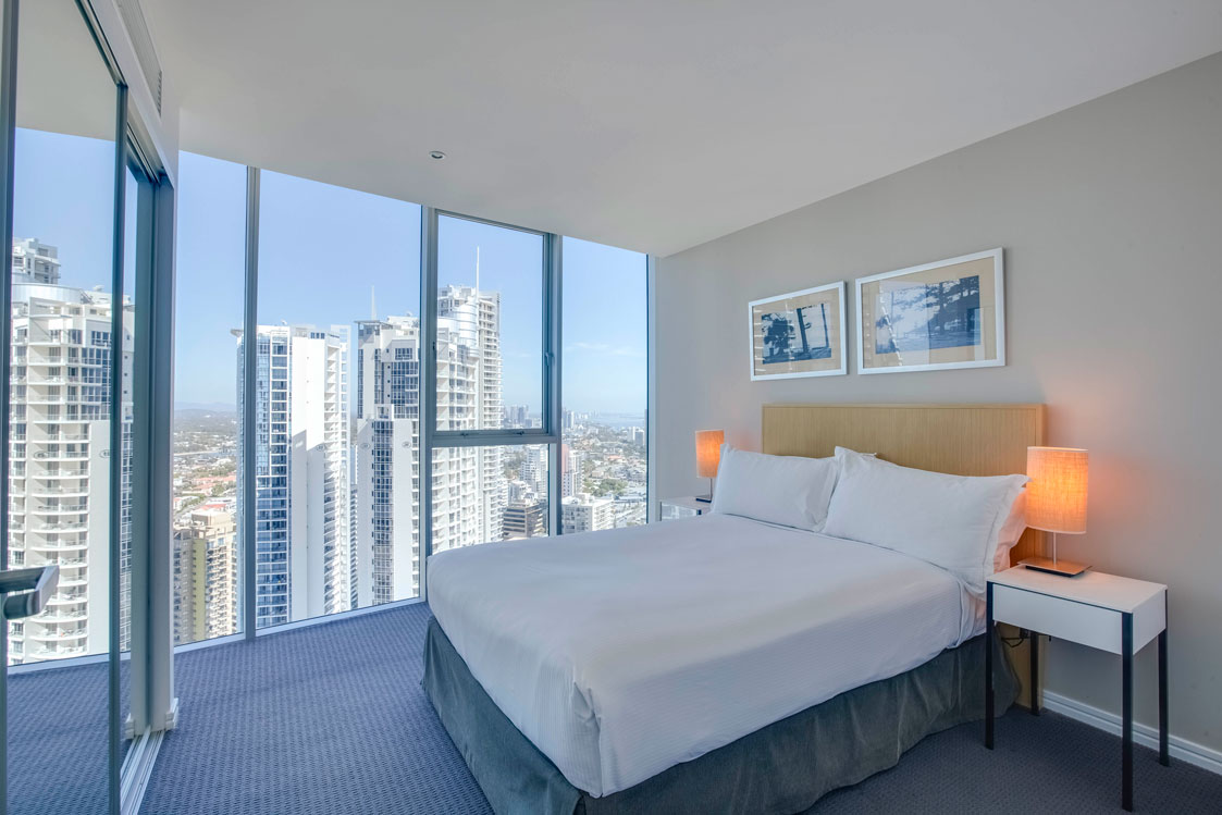 one bedroom holiday or short stay apartment surfers paradise