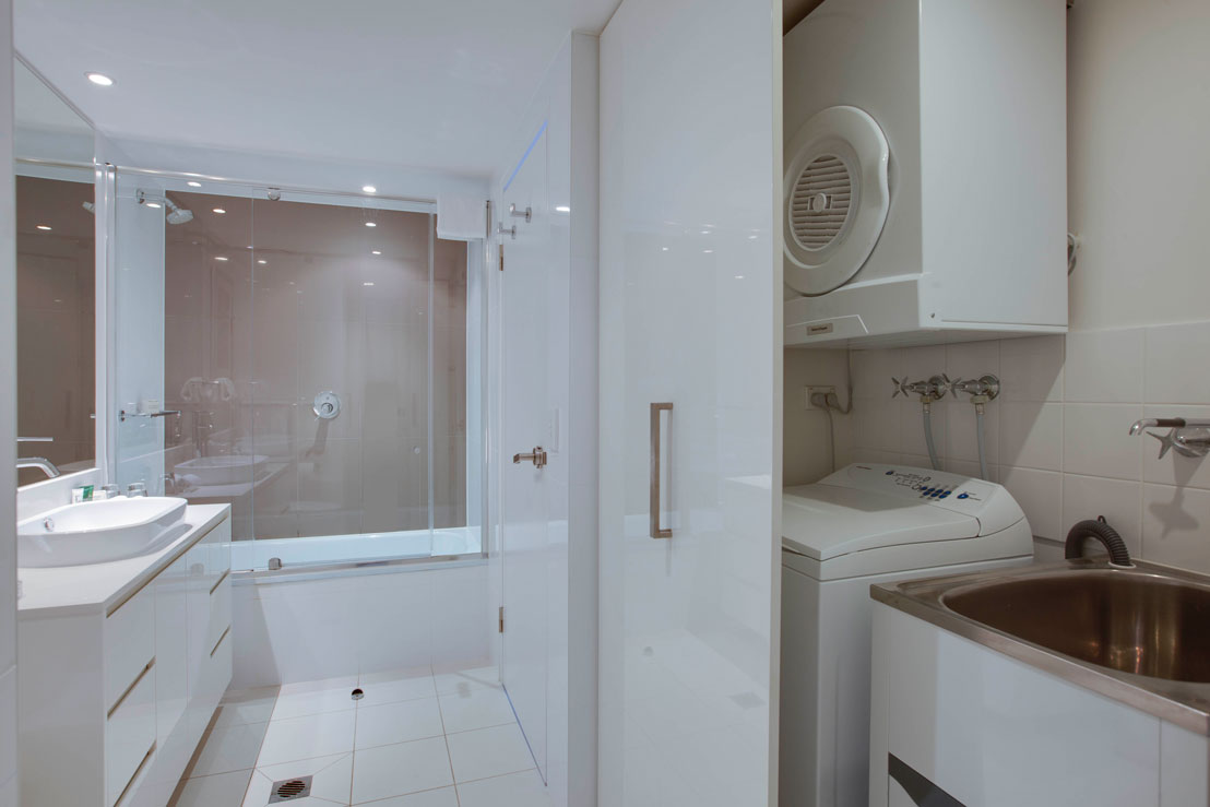 Laundry facilities in the one bedroom apartment