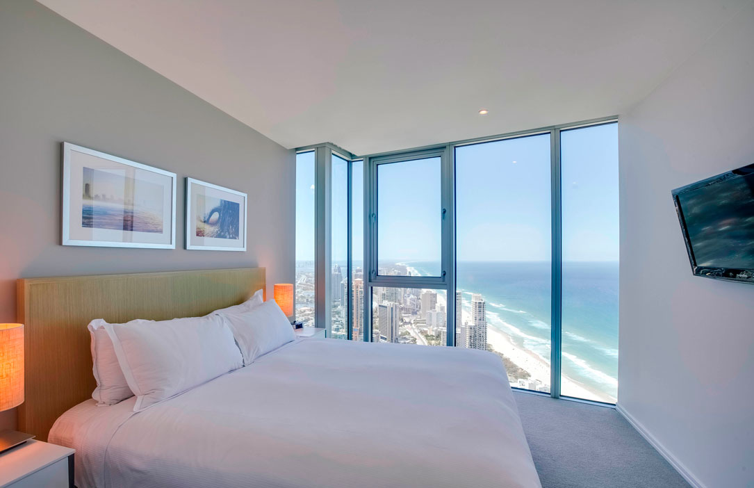 4 bedroom with views of surfers paradise and ocean